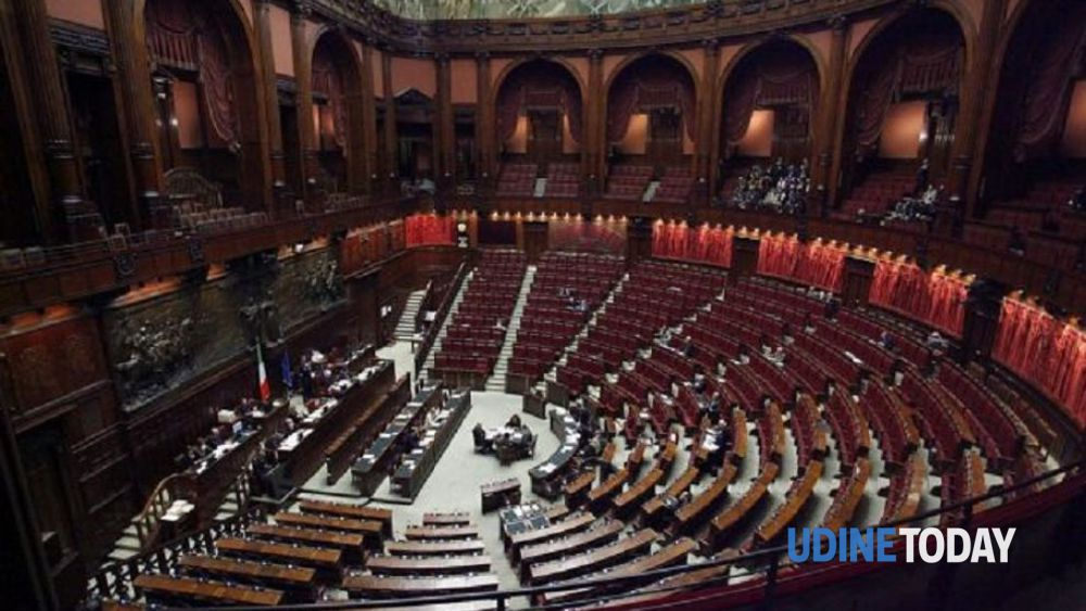 Parlamentari ecco i redditi degli eletti in fvg for Camera deputati web