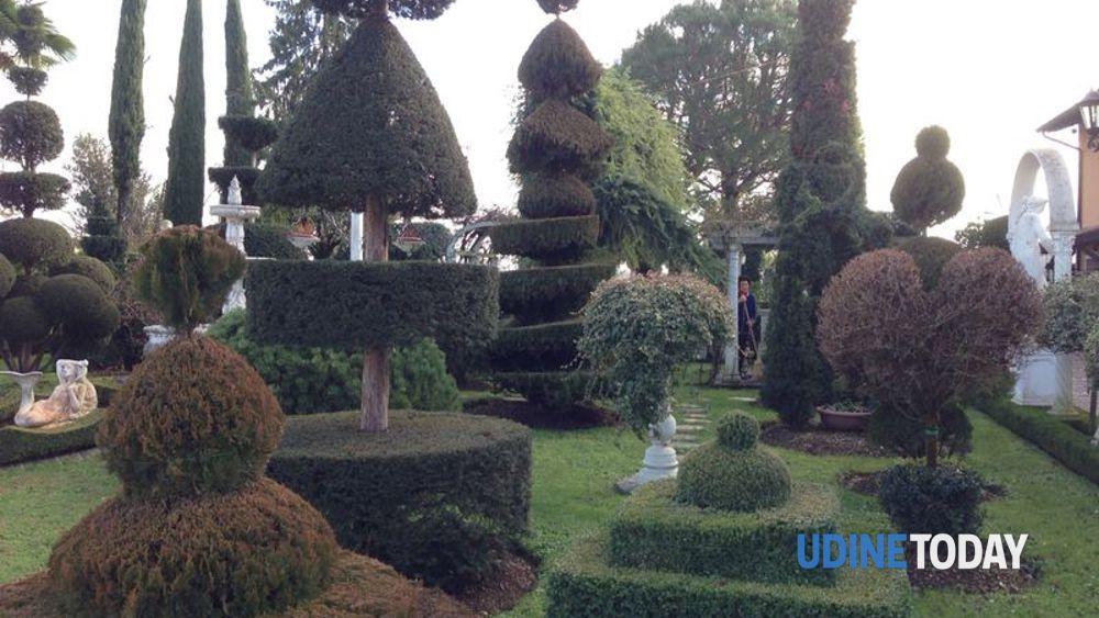 Giardini decorati a godia arte topiaria - Giardini decorati ...