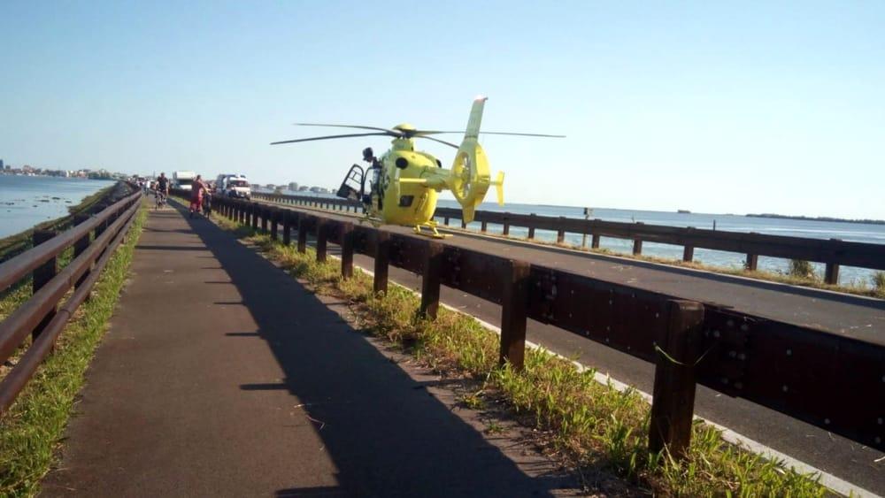 Incidente mortale fra due moto sul ponte girevole di grado for Camino sul ponte rialzato